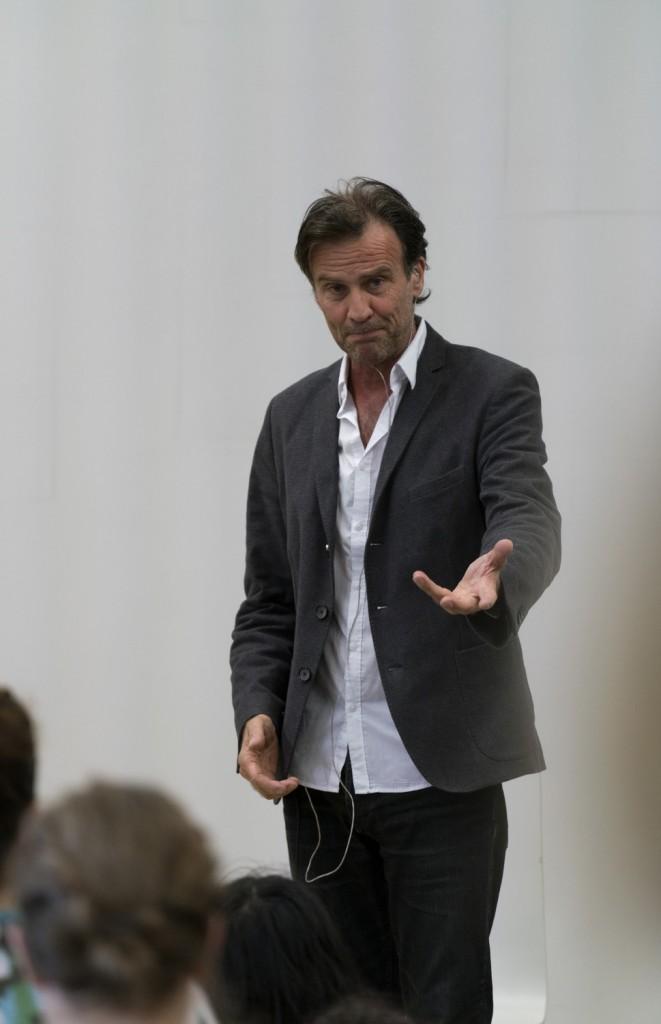[Camping au CND] Robert Cantarella fait toujours aussi bien le Gilles
