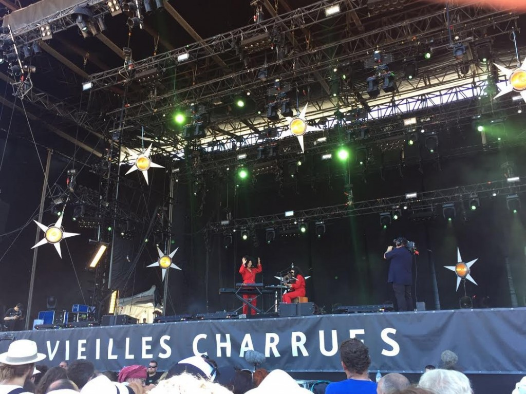 [LIVE REPORT] IBEYI, IBRAHIM MAALOUF, SOUCHON & VOULZY, THE LIBERTINES et LOUISE ATTAQUE aux Vieilles Charrues 16/07/2016