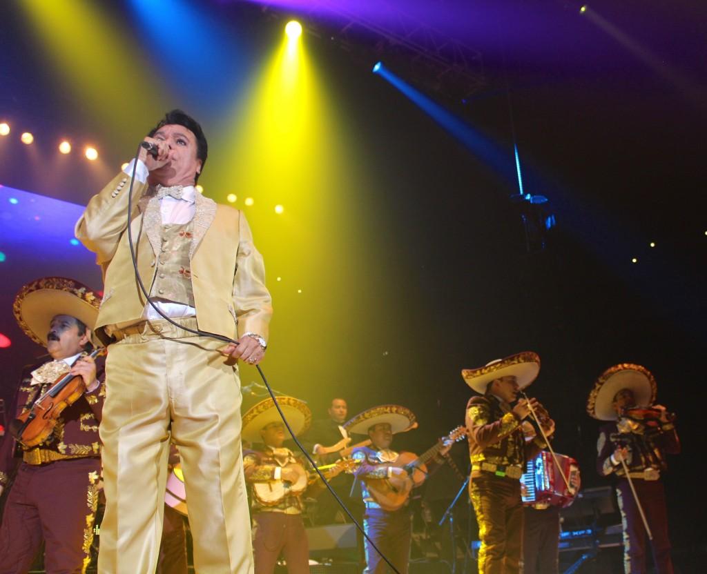 Juan Gabriel, idole de la musique mexicaine, est mort