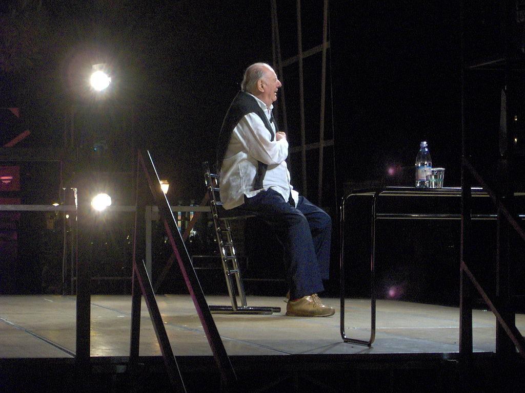 Le prix Nobel de littérature, Dario Fo est mort