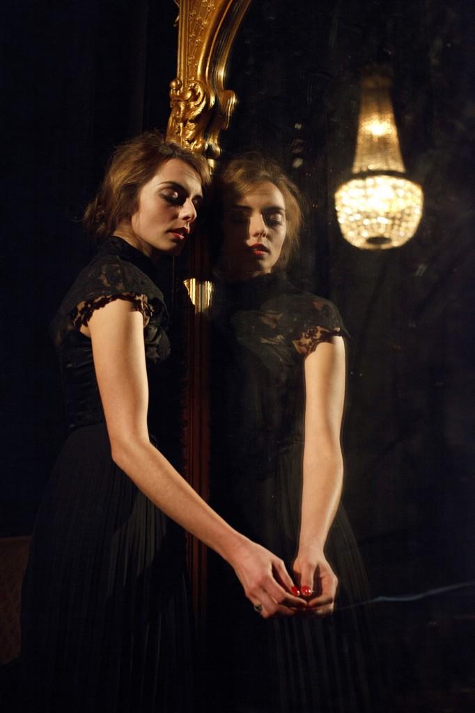 Henry Miller et Anaïs Nin brûlent les planches de la Manufacture des abbesses