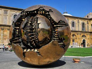vatican-cortile-pigna-sfera