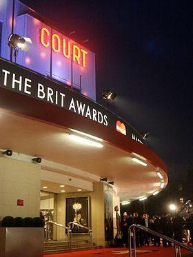 Brit Awards: David Bowie et Leonard Cohen nominés à titre posthume