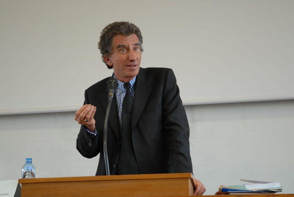 Lang demande à Mélenchon de voter Macron au second tour