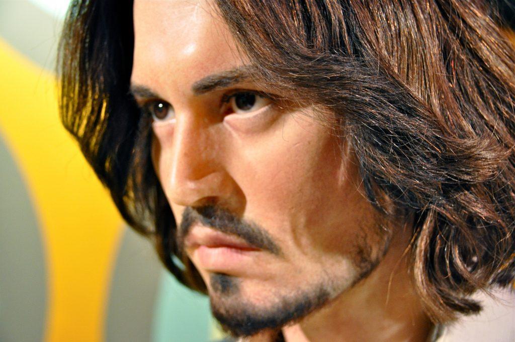 Johnny Depp dans le rôle du créateur de McAfee