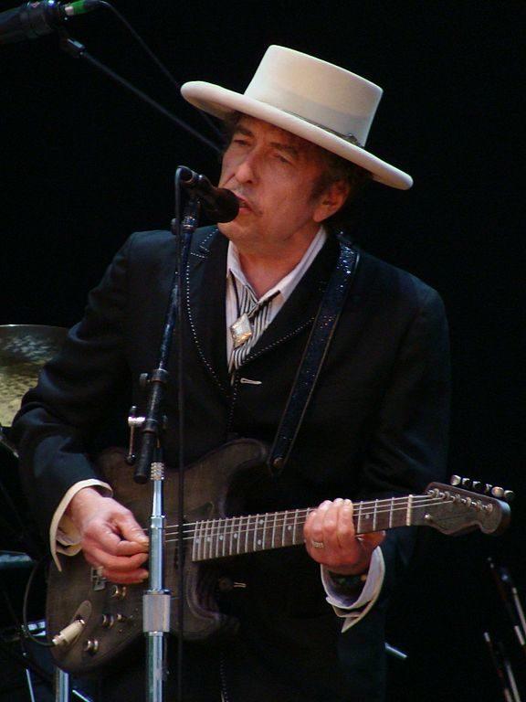 Bob Dylan livre un discours tardif mais émouvant