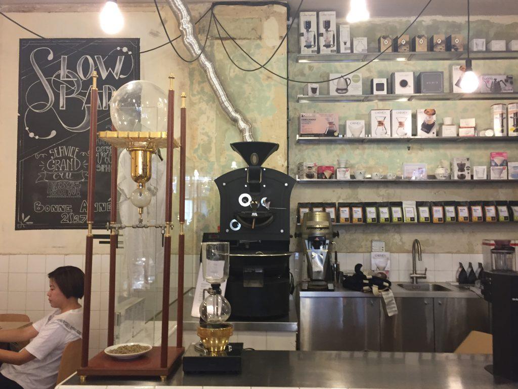 Les meilleurs cafés de Paris : Broyer du noir en toute bonne conscience
