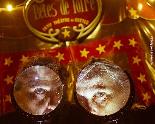 Le «Petit théâtre de gestes» des Bêtes de Foire, un cirque rétro qui enchante le Printemps des Comédiens