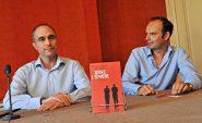 """Bordeaux le 13 mai 2011, Salon Mollat, Gilles Boyer (a g) et Edouard Philippe (à d) présentent le livre """"Dans l'Ombre"""" - Despujols Eric ( salon Mollat )"""