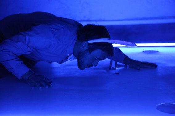 Est-ce qu'un cri de lapin… la performance folle de Virgile Simon au Off d'Avignon