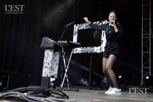 concert-de-jain-au-festival-de-la-paille-2016-1489671696