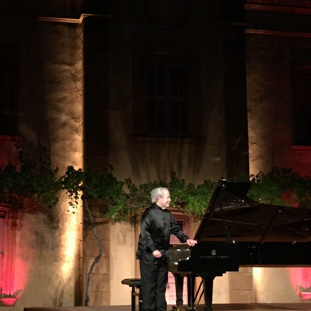 Nelson Freire dans Bach, Schumann, Chopin et Villa-Lobos aux Nuits du Château de la Moutte [Live-Report]