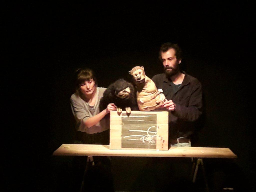 Petite forme marionnettique mais grand talent: «Toto et Bradi», drôle, tendre et tellement intelligent!