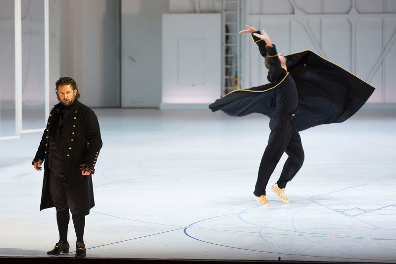 Les pivots amoureux de Mozart et Anne Teresa de Keersmaeker au Palais Garnier
