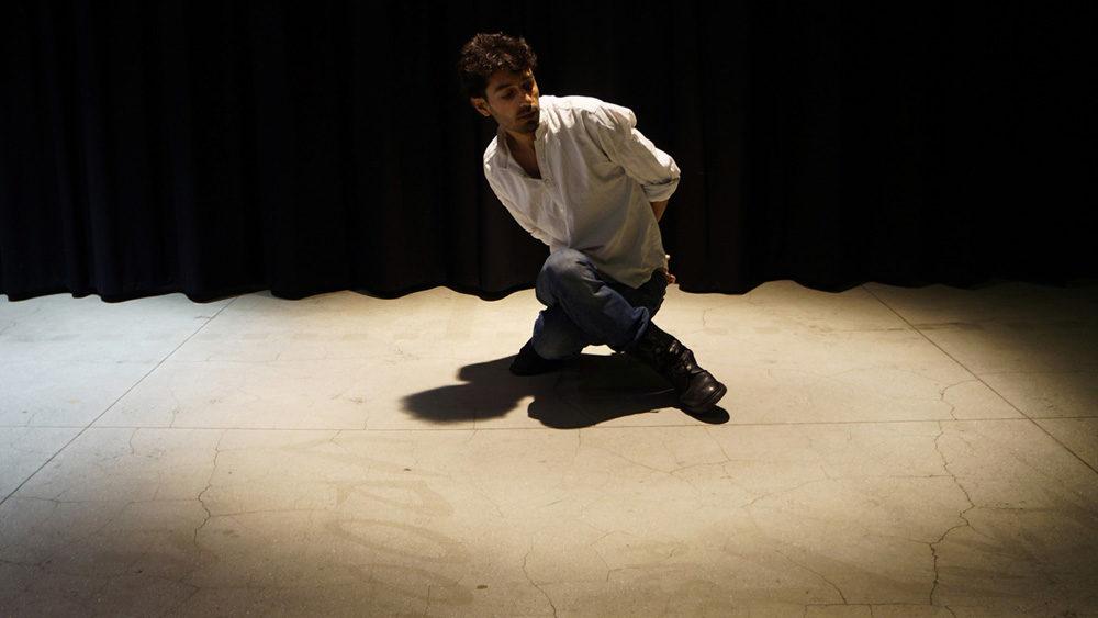 Le Déplacement fragile et figuratif de Mithkal Alzghair