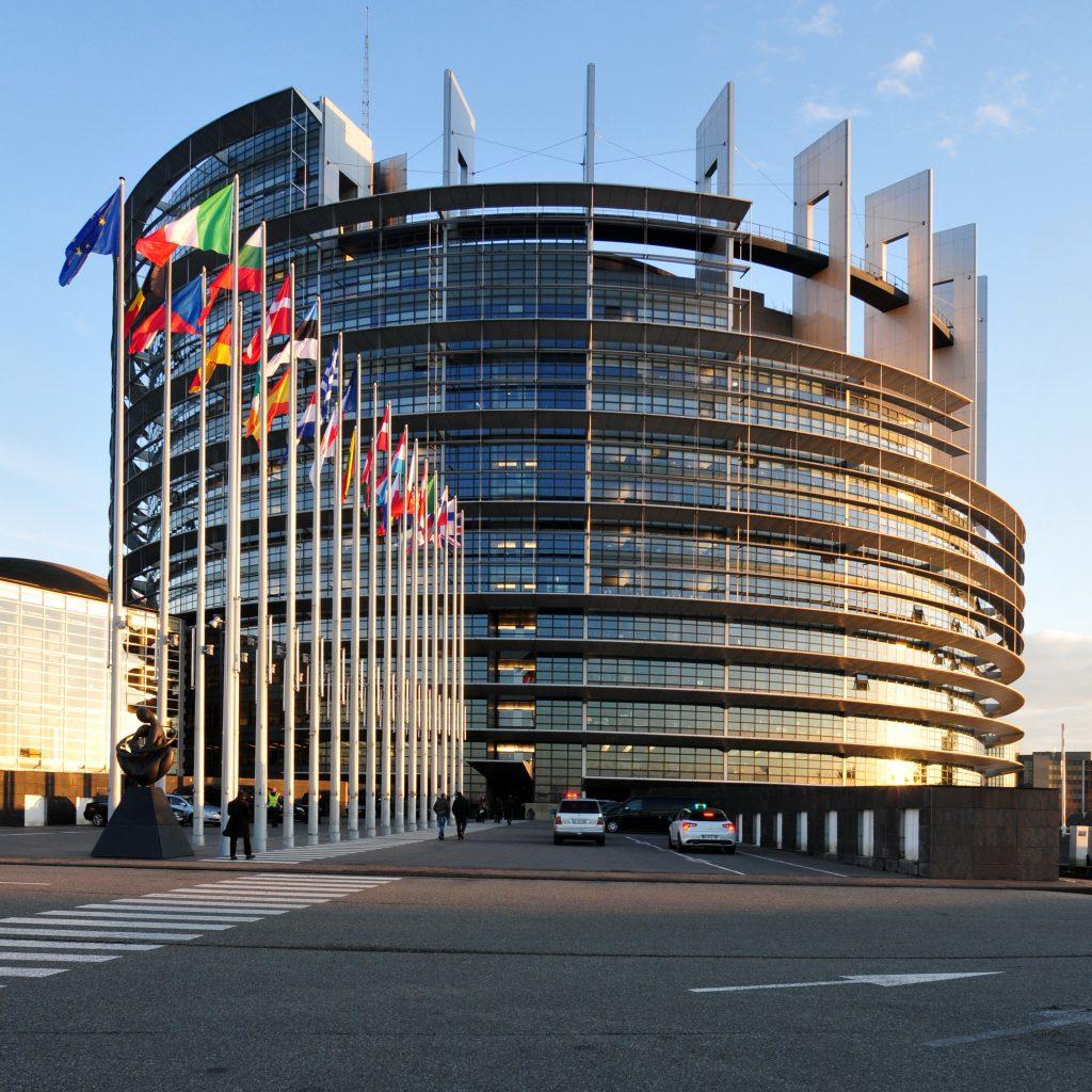 Le Parlement européen lance une loi sur la protection des lanceurs d'alerte