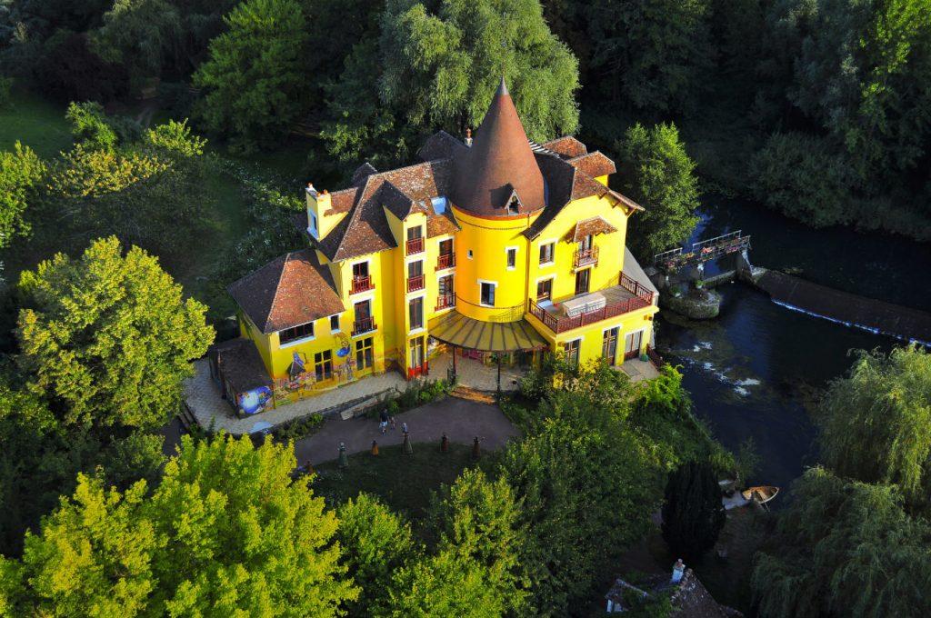 Le Moulin Jaune paradis des fous