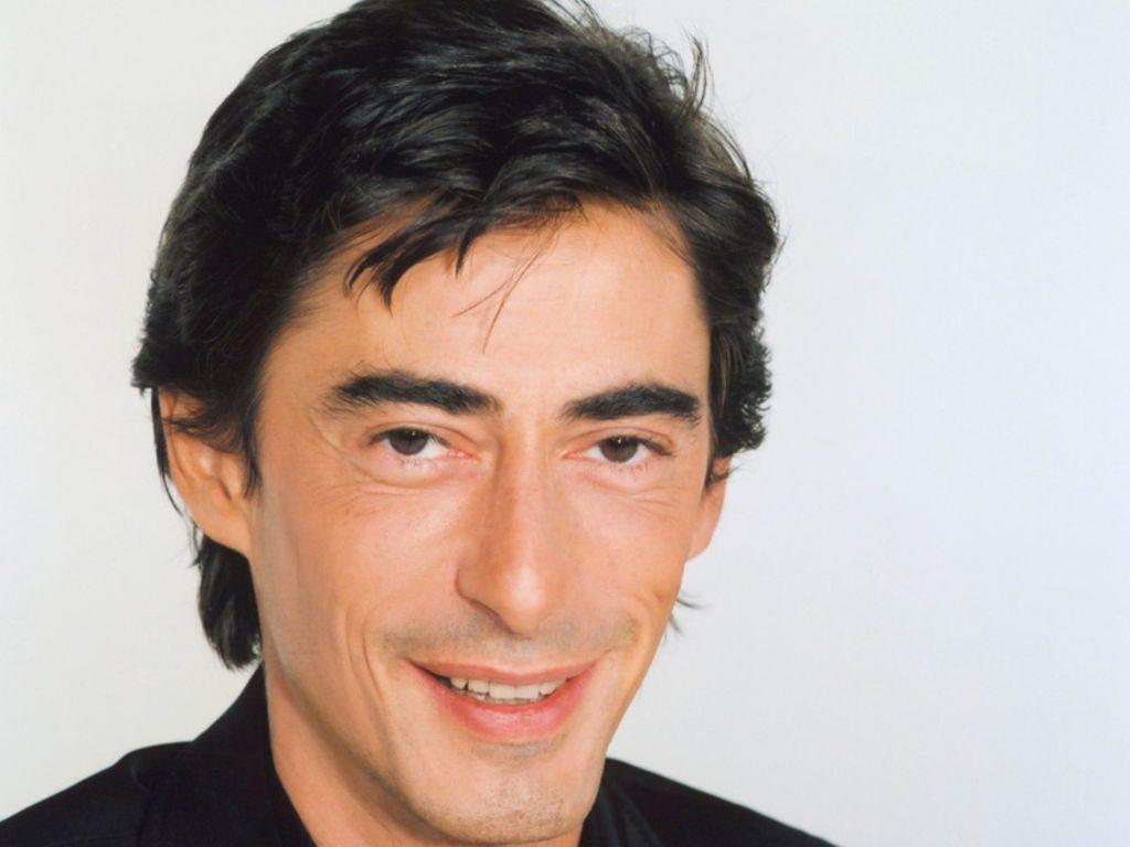 Mort du journaliste Philippe Vecchi, ex-animateur de Nulle part ailleurs.