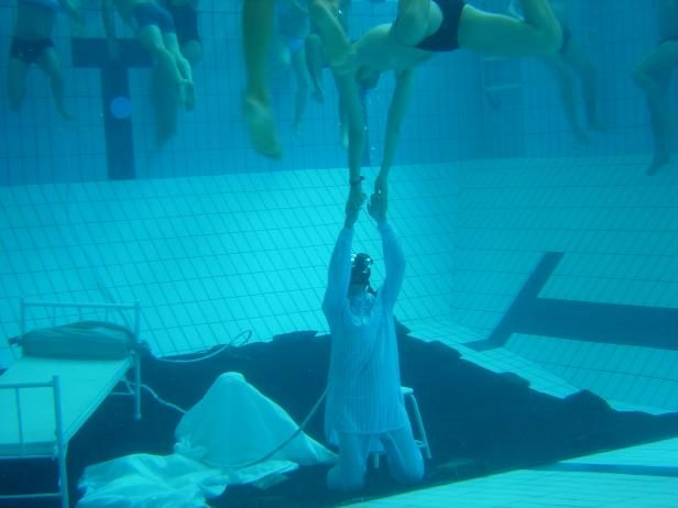 «Aegri somnia» de Jean Lambert-wild, quinze ans après : rêves brillants au fond d'une piscine