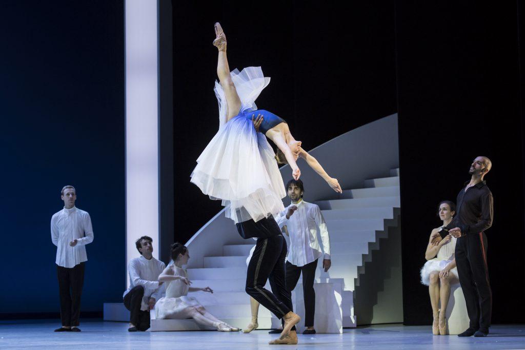«La Mégère apprivoisée», chorégraphie et mise en scène de Jean-Christophe Maillot exécutées par les Ballets de Monte Carlo