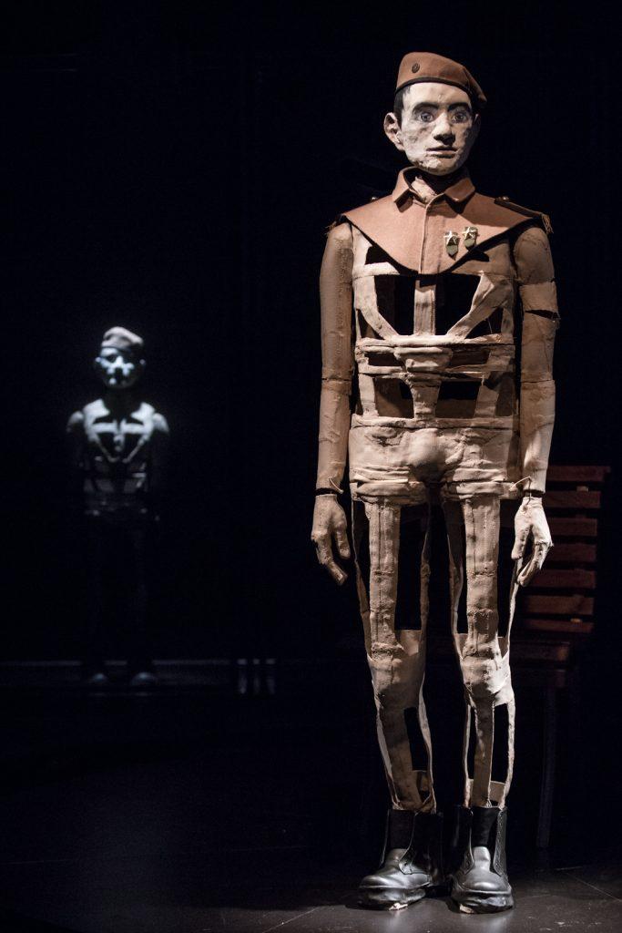 «Un fils de notre temps», spectacle de marionnettes d'une terrible contemporanéité