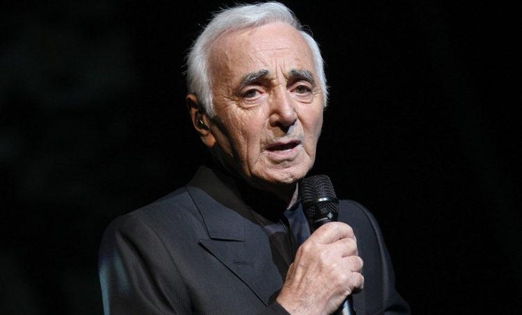 Charles Aznavour rejoint le pays des merveilles