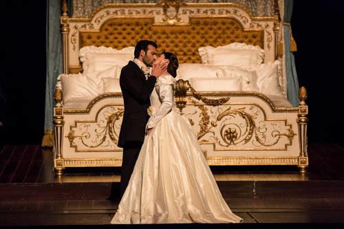 Une Traviata sans Netrebko et classique à l'Opéra de Paris
