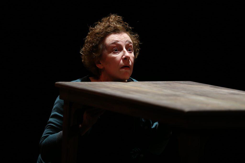 Puissante mise en scène d'ELLA d'Herbert Achternbusch par Yves Beaunesne