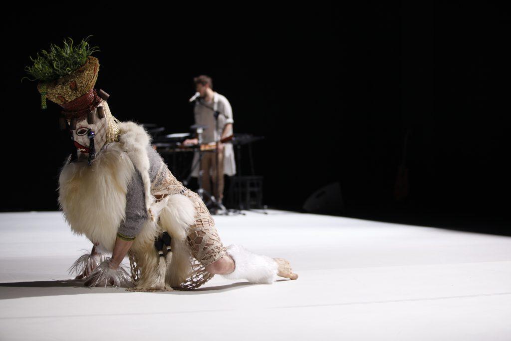 Energisant Sunny d'Emanuel Gat et d'Awir Leon à la Philharmonie.