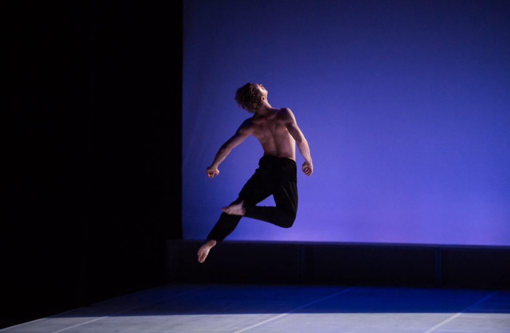 Pneuma de Carolyn Carlson à l'Opéra National de Bordeaux