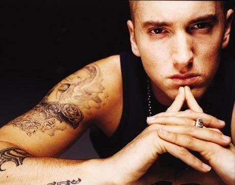 Eminemfête ses 10 ans de lutte contre son addiction aux médicaments