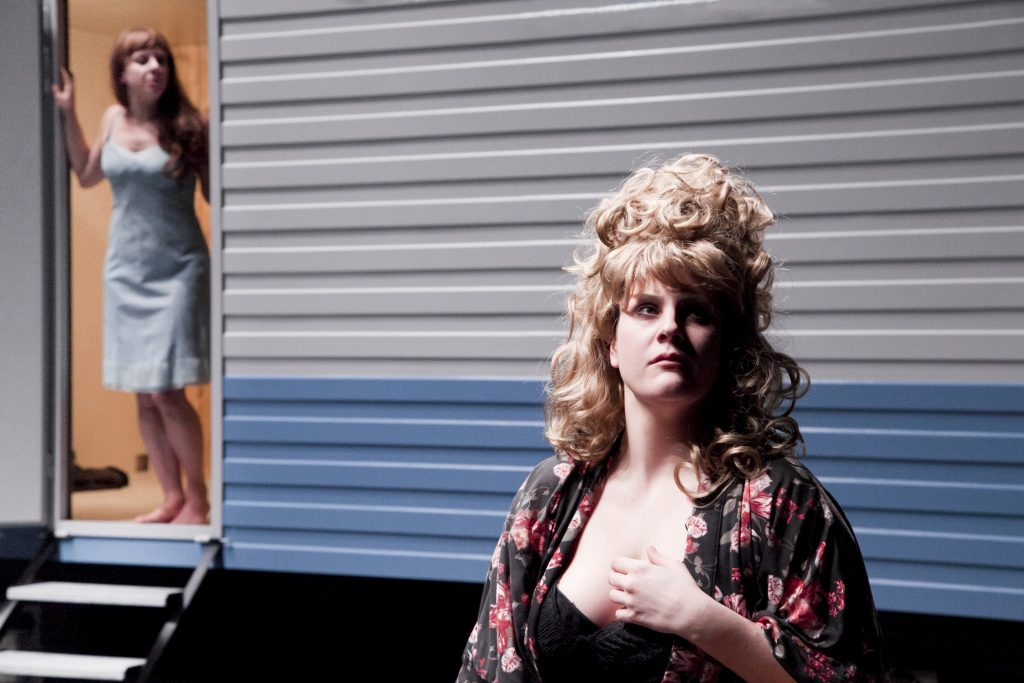 Les potiers et Western Dramedies, deux spectacles hilarants de la 2b compagny au Centre Pompidou