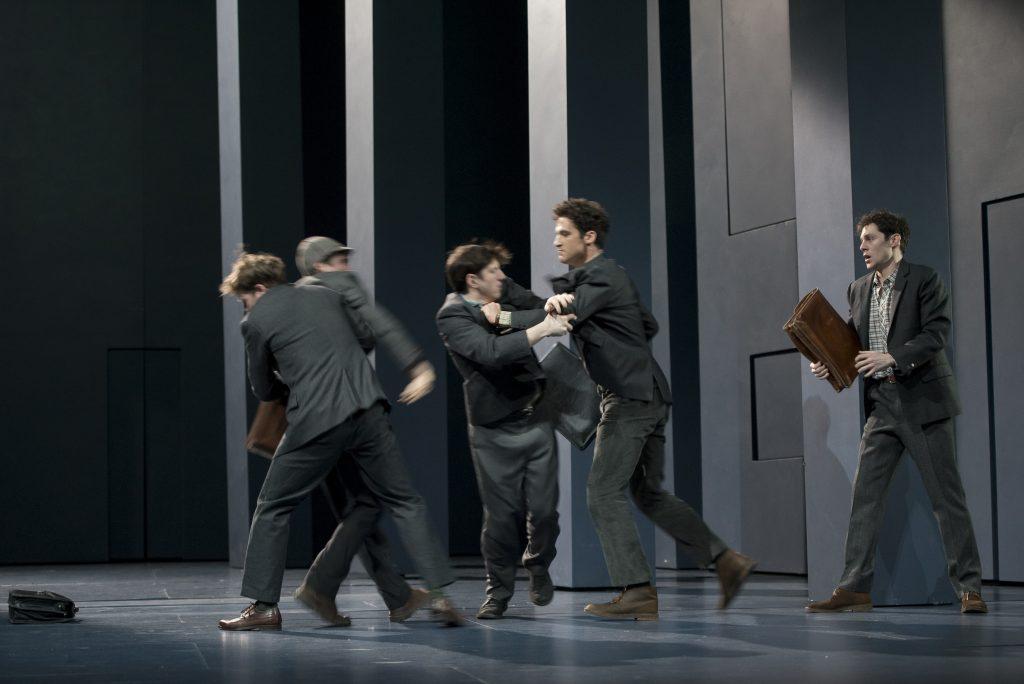 L'Eveil du Printemps de Frank Wedekind mis en scène par Clément Hervieu-Leger à La Comédie Francaise.
