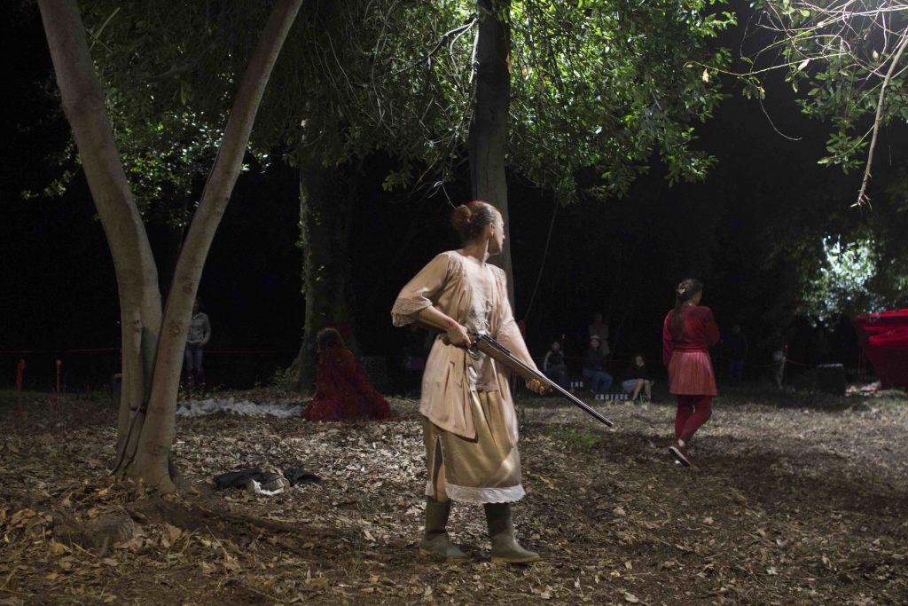 J'ai peur quand la nuit sombre, une pièce lacanienne  écrite et mise en scène par Edith Amsellem d'après le Chaperon rouge