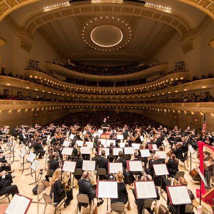 James Levine, accusé par le Metropolitan Opera d'agressions sexuelles