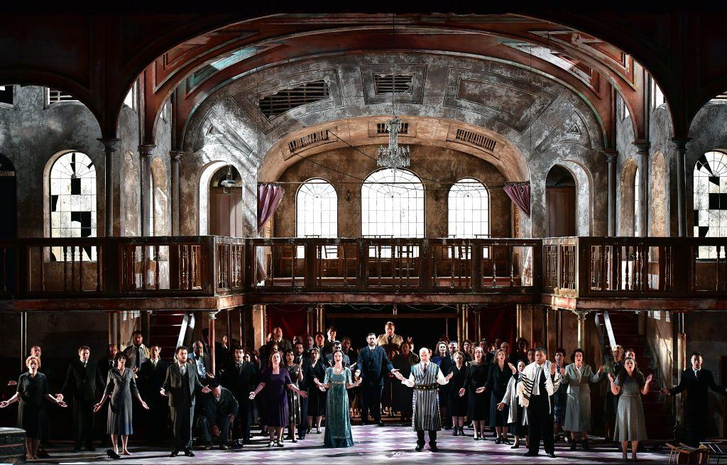 Nabucco monumental et intime à Montpellier