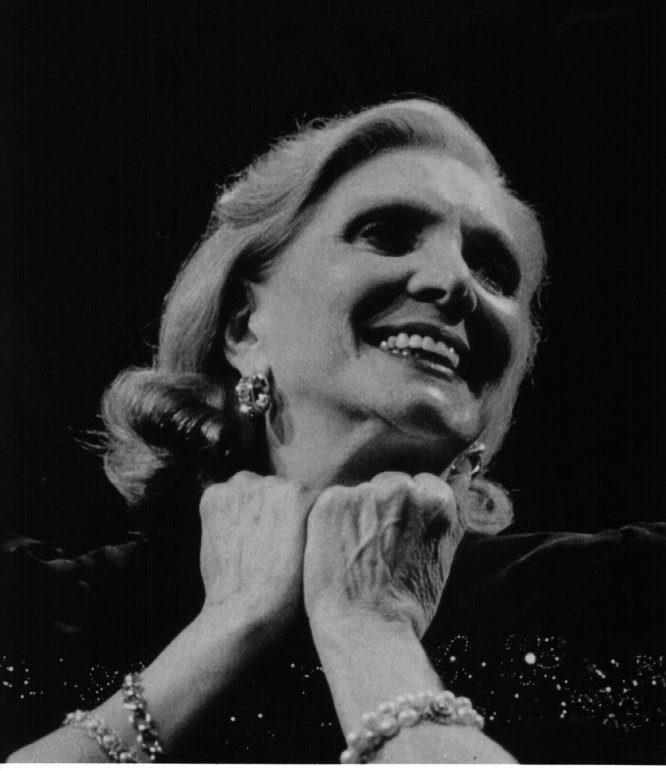 Maria-Dolores Pradera, la voix mythique de la chanson hispanique s'est éteinte