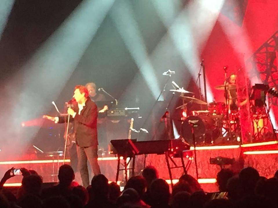 Bryan Ferry au Palais des Congrès : Le charme du dandy rock britannique opère toujours !