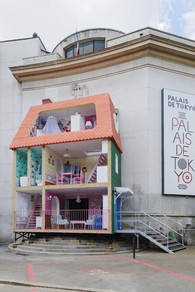 «Enfance» au Palais de Tokyo, contes pour grandes personnes en devenir