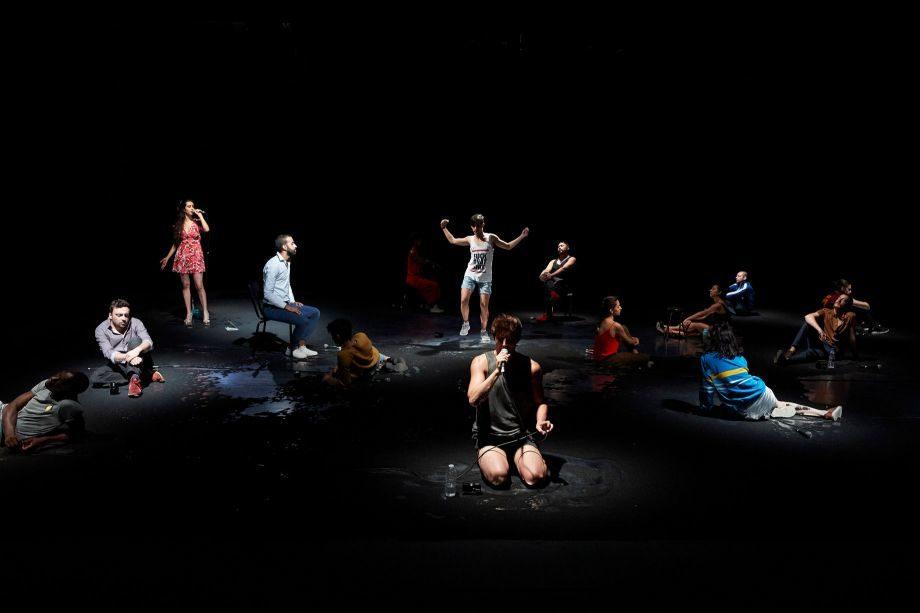 Le chœur sombre et lumineux de Gurshad Shaheman fait vibrer Avignon
