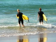 biarritz-cote-des-basques-surfeurs-plage-002-cdt64