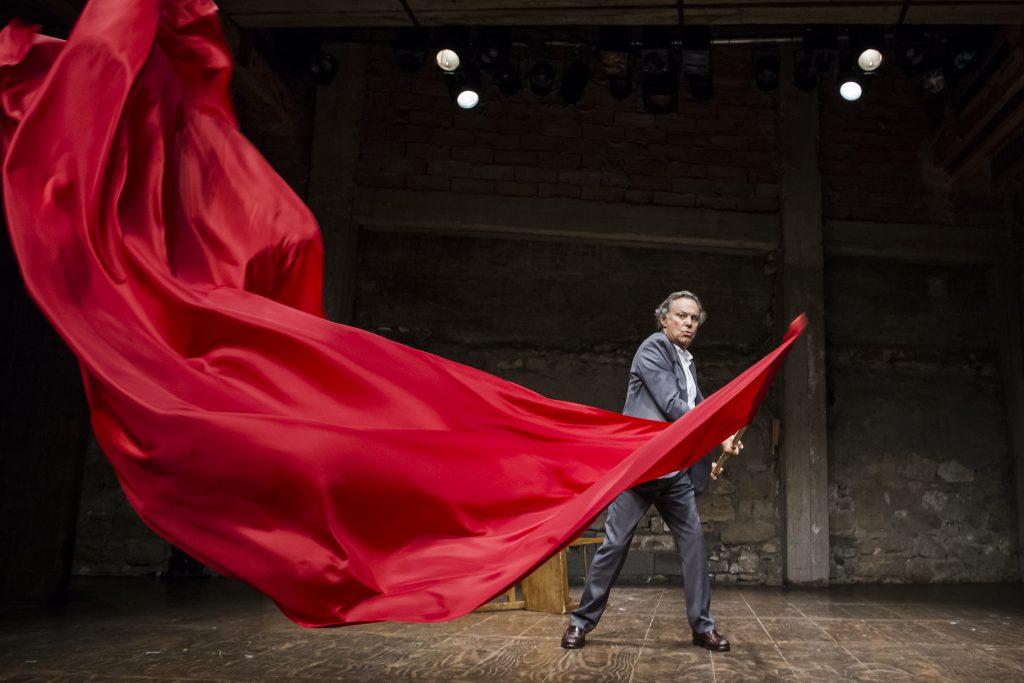 Avignon OFF : Philippe Caubère fait un saut au festival avec son BAC 68