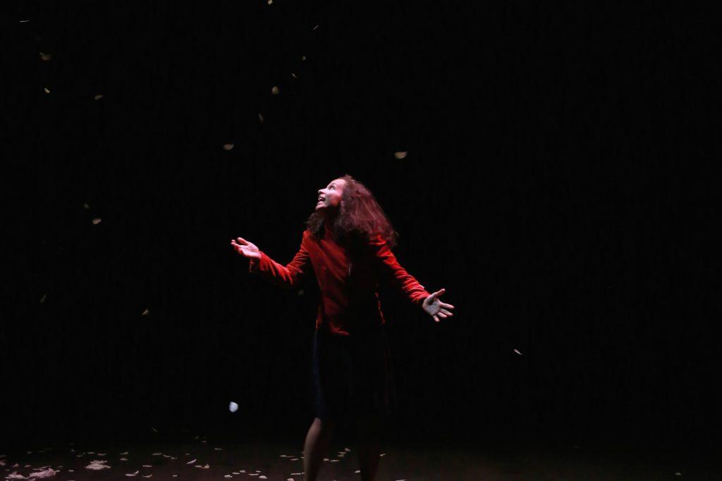 Avignon Off : poignantes «Monstrueuses» de Leïla Anis mises en scène par Karim Hammiche