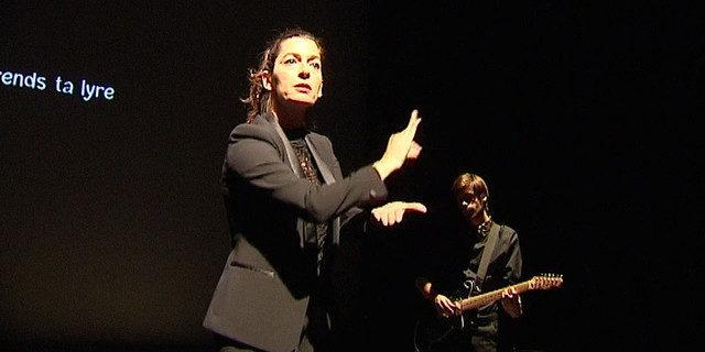 Concert visuel: le chansigne de «Dévaste moi» au sommet de l'expressivité