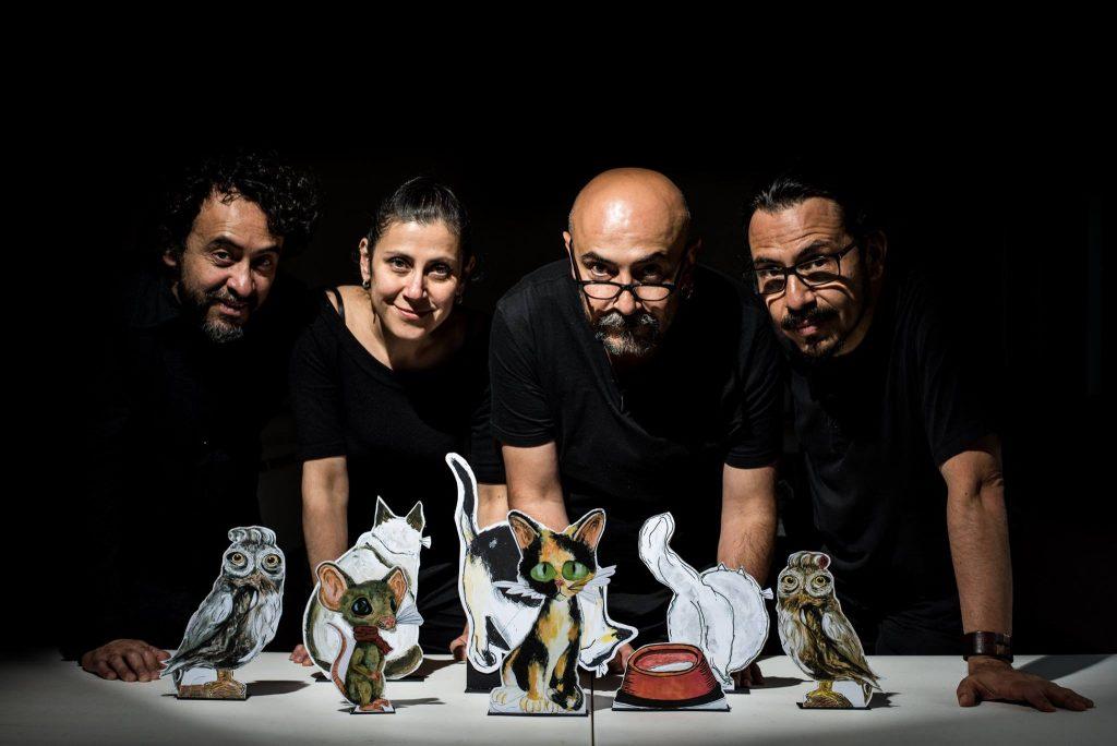 Les marionnettes révèlent les mystères «De la vie secrète des chats»