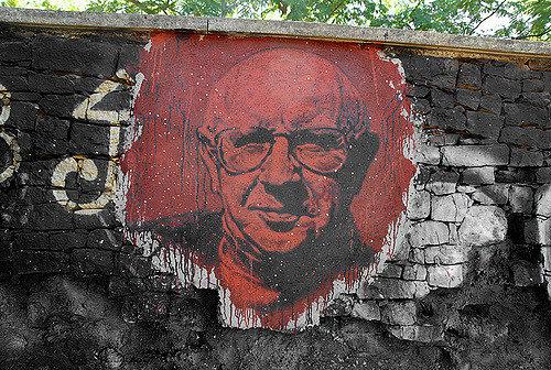 Décès de Paul Virilio, urbaniste, essayiste, et philosophe de l'accélération