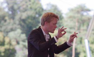 Pierre Mosnier. Il a dirigé le Classique au Vert Orchestra le 2 septembre © JL Elan