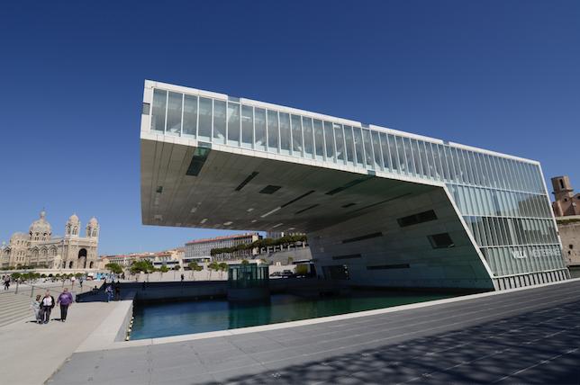 La Villa Médicis, la Villa Kujoyama et la Casa de Velázquez réunies à Marseille pour ¡ Viva Villa !