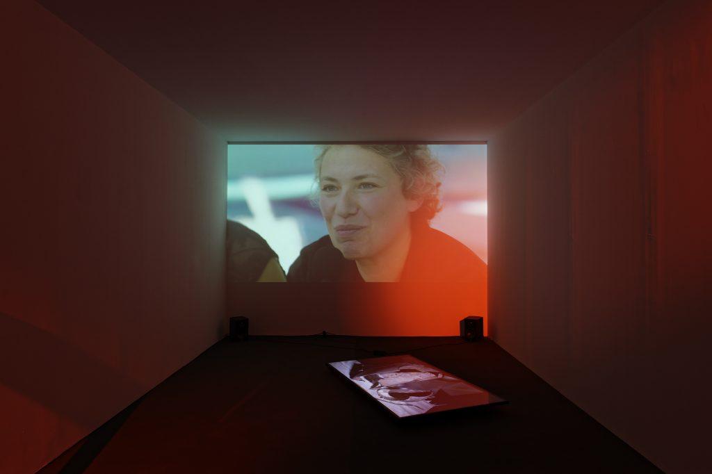 Les nouvelles expositions du LAAC et du FRAC de Dunkerque, un voyage critique à travers les territoires, les âges, et l'art