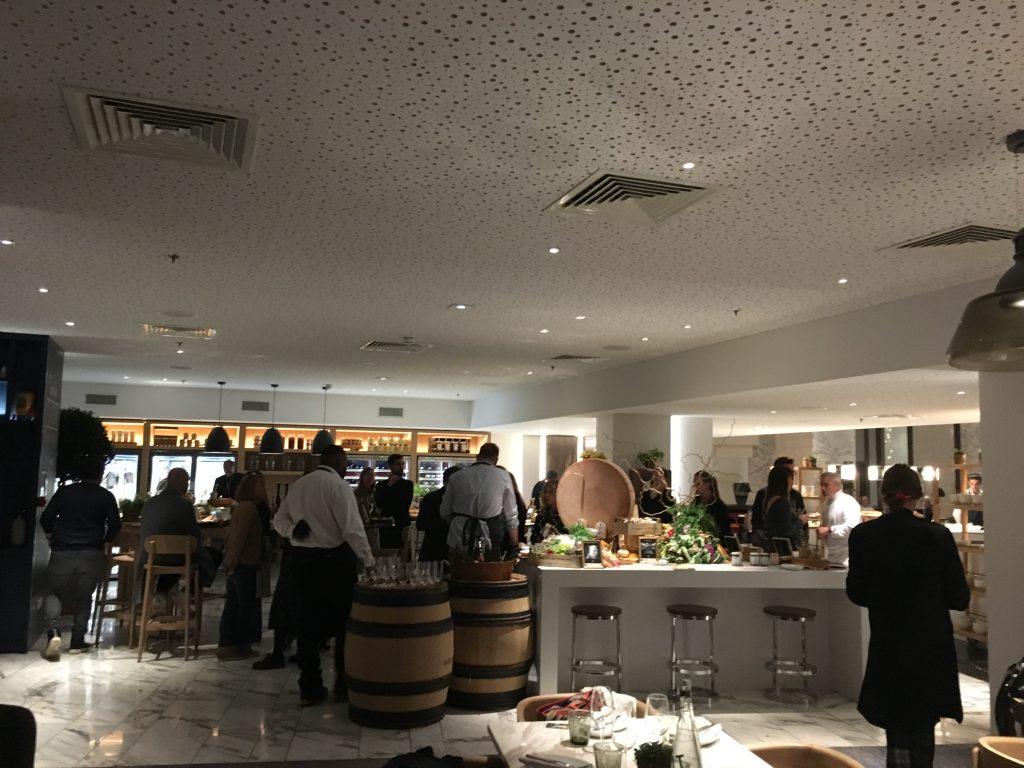 Restaurant Mayo : coup de jeune au Hyatt Regency Paris Étoile
